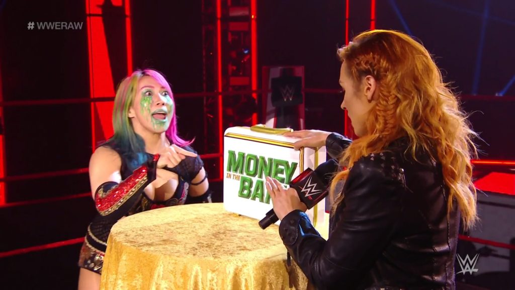 Becky Lynch announcers pregnancy