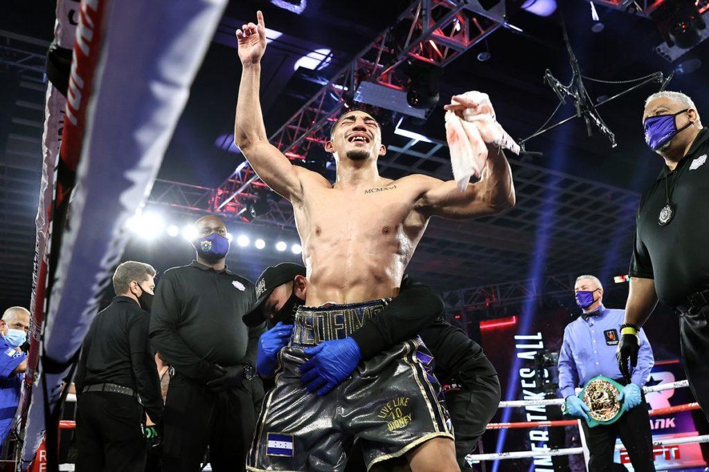 undisputed lightweight champion